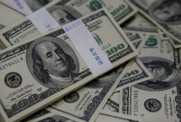 تباين أداء الدولار بعد خطاب ترامب