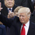 «البيت الأبيض»: ترامب يعتزم الاتصال بزعيمي إسبانيا وتركيا