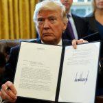 ارتباك في شركات الإلكترونيات الأمريكية بعد قرار ترامب بشأن الهجرة