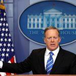 البيت الأبيض للدبلوماسيين المستائين من قرار ترامب: «التزموا بالبرنامج أو ارحلوا»