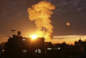 فيديو| إصابة 4 فلسطينيين في قصف إسرائيلي على غزة