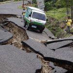 مقتل 6 وإصابة 100 في زلزال جنوب الفلبين