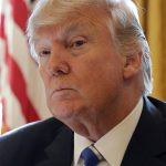 ترامب يتسبب في «هزة» للبيت الأبيض