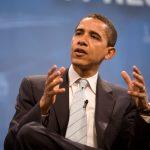 أوباما يعود إلى الواجهة بعد انكفاء تزامن مع مغادرته البيت الأبيض