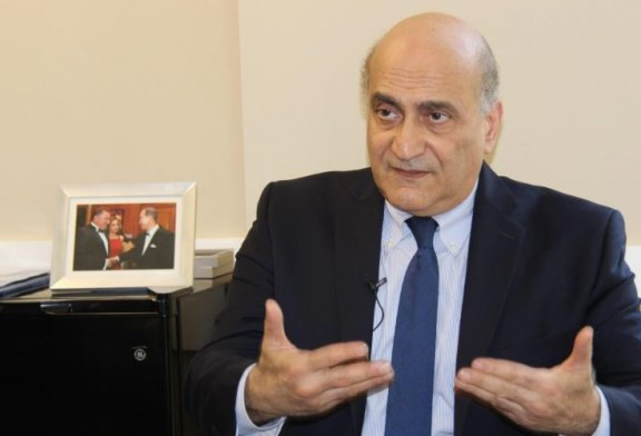 مستشار ترامب: سندعم الجيش الوطني الليبي بقيادة حفتر