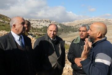 وزير القدس: الوضع صعب لكن علينا أن نواجه ونتمسك بعاصمة فلسطين