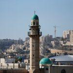 فلسطينيون يرفضون تدخل الكنيست الإسرائيلي في الأذان
