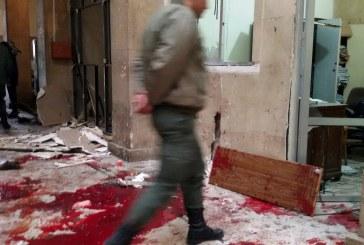 مقتل 46 شخصا في غارة على مسجد في سوريا وواشنطن تؤكد استهداف إرهابيين