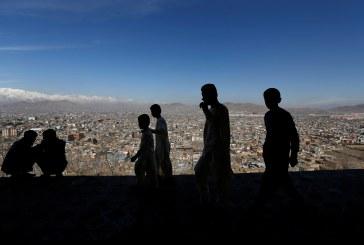 العنف والفساد يهددان تقدم أفغانستان في تعليم الأطفال