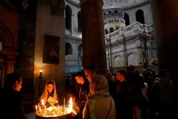 صور| تدشين قبر المسيح في كنيسة القيامة في القدس بعد ترميمه