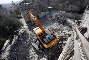 الاحتلال يهدم 3 منازل قيد الإنشاء في الضفة الغربية