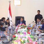 فريق أممي يلتقي ممثلي الحكومة اليمنية لوقف إطلاق النار في مدينة ساحلية