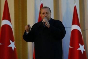 الحزب الحاكم في تركيا ينشد عودة أردوغان تدريجيا إليه بعد الاستفتاء