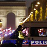 فيديو| مولينس: منفذ هجوم الشانزليزيه فرنسي يدعي كريم الشرفي