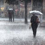 إلغاء 200 رحلة طيران وإخلاء بلدات من سكانها بسبب الأمطار في كندا