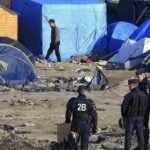 السلطات الفرنسية تتحرك لإخلاء مخيم للاجئين في باريس