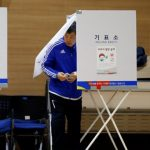 الناخبون في كوريا الجنوبية يختارون اليوم خلفا للرئيسة المعزولة