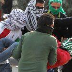 فيديو  إصابة فلسطيني في الرأس خلال مواجهات في الخليل