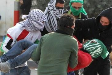 فيديو| إصابة فلسطيني في الرأس خلال مواجهات في الخليل