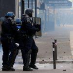 الشرطة الفرنسية تصيب مهاجما أمام كاتدرائية نوتردام في باريس