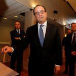 أولاند يدعو الفرنسيين لاختيار الطريق الصواب