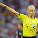 للمرة الأولى.. امرأة تدير مباريات بدوري الأضواء الألماني