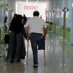 جراحون في لبنان يمنحون الأمل للاجئين سوريين
