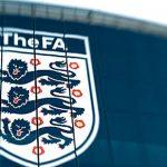 الاتحاد الإنجليزي لكرة القدم يوقف بعض المشجعين بسبب تصرفات في مباراة ودية