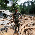سريلانكا تنشر الجيش مع ارتفاع حصيلة ضحايا الفيضانات إلى 169 قتيلا
