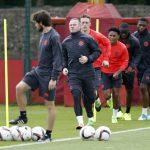 لاعبو يونايتد يهدون الفوز بالدوري الأوروبي لضحايا مانشستر