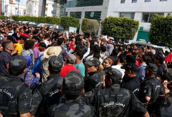 السلطات التونسية تحذر من وضع «خطير» في الجنوب