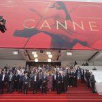 صور| مهرجان كان السينمائي يقف دقيقة حدادا على أرواح ضحايا مانشستر