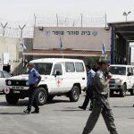 نقل 182 أسيرا مضربا عن الطعام إلى المستشفيات الإسرائيلية