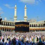 مئات الآلاف يؤدون عمرة أول يوم رمضان و30 ألف رجل أمن للتأمين