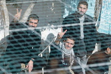 فيديو| قيادي في فتح يطالب بانتفاضة شعبية تتوازى مع إضراب الأسرى