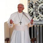 البابا يدعو العالم إلى التكاتف لإخماد حرائق الأمازون