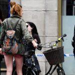 بالصور| مصور من رويترز يصف خروج 4 نساء برفقة الشرطة من مبنى بشرق لندن