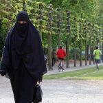 رسميا.. الدنمارك تحظر النقاب في الأماكن العامة