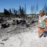 إجلاء عشرة آلاف شخص من الريفييرا الفرنسية بسبب حرائق الغابات