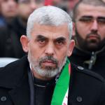 السنوار: لا تسمحوا لحماس أو فتح بالتراجع عن المصالحة الفلسطينية