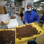سوق الحلوى في نابلس ينتعش بقدوم شهر رمضان