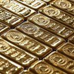 الذهب يتراجع لأدنى مستوى في شهرين مع صعود الدولار