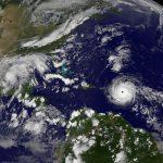 الإعصار إرما يجتاح جزر الكاريبي وفي طريقه إلى فلوريدا