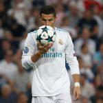 رونالدو يعود مع سعي ريال مدريد للضغط على برشلونة المتصدر