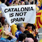 مؤيدو انفصال كتالونيا يعدون صياغة إعلان الاستقلال
