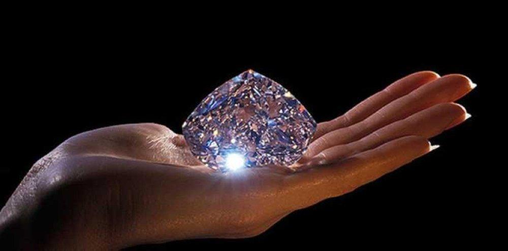 حجر ألماس في مزاد بسويسرا بـ30 مليون دولار قناة الغد