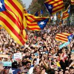 أجواء غامضة تسيطر على إسبانيا بعد إقالة حكومة كتالونيا