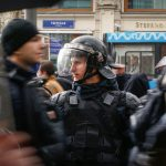 أنصار المعارض نافالني يتظاهرون ضد الرئيس الروسي يوم ميلاده الـ65