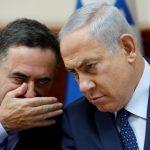 رئيس الائتلاف الحكومي في إسرائيل يستقيل على خلفية التحقيقات بتهم الفساد