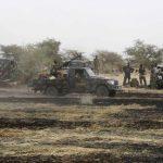 10 قتلى في هجوم مسلحين يشتبه بأنهم من بوكو حرام على قرية بالكاميرون